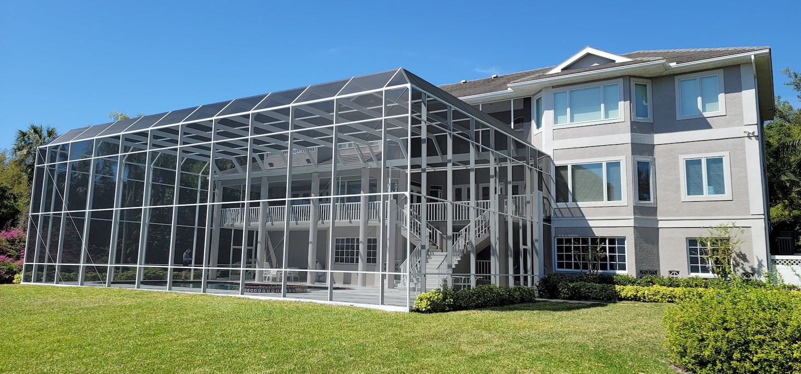 Pool Cage Rescreening